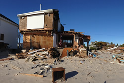 richard-green-and-son-public-adjuster-storm damage beach01